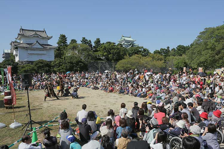 Nagoya Castle autumn festival (October, 2012)[8/10]