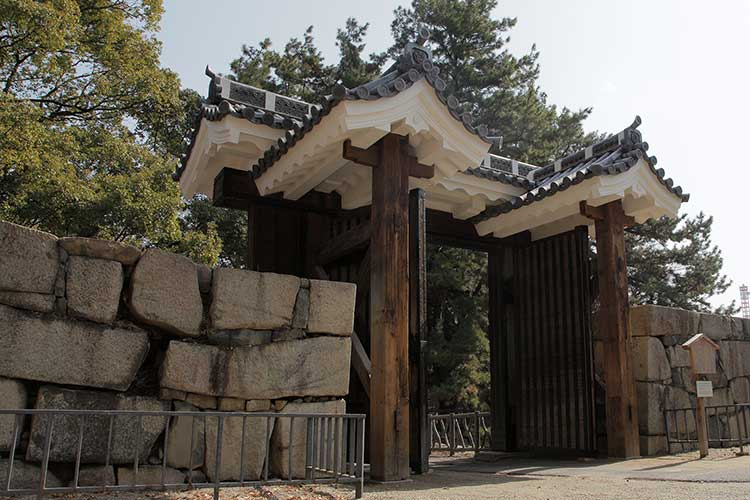 Main Gate (reconstructed)